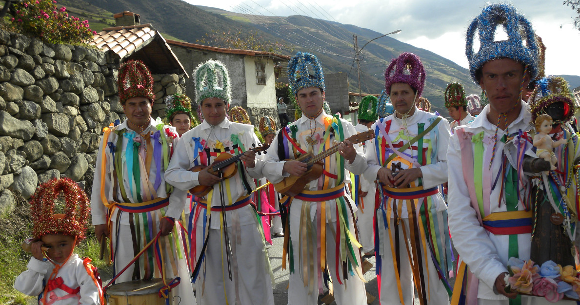 Los Giros de San Benito. San Rafael de Muchuchíes. Estado Mérida. Fotografía: Gladys Morotoli